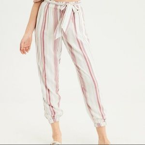 Striped AE belted soft jogger pants